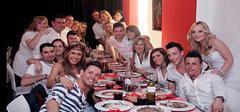 Cena con espectáculo en Sondelluna Restaurant Show